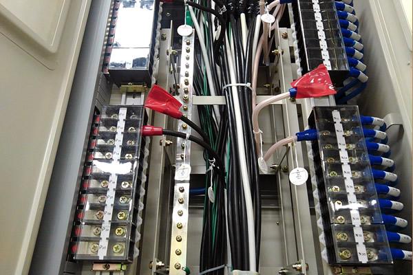制御盤の配線・組立
